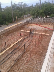 swimming pool gunite constructioon-26